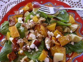 Squash_spinach_apple_salad_-_2