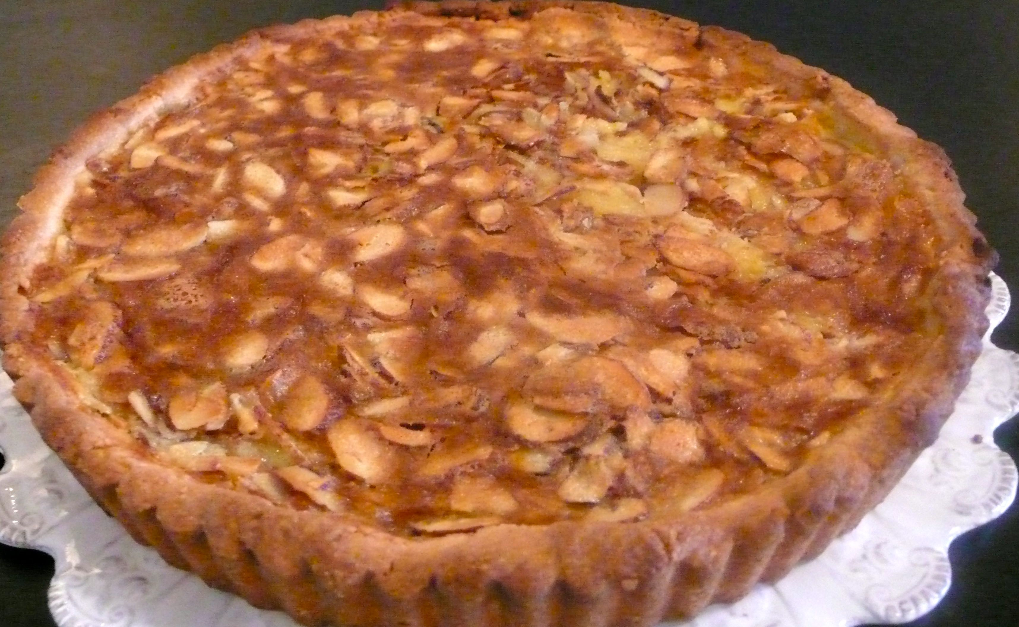ALMOND LOVER'S TART