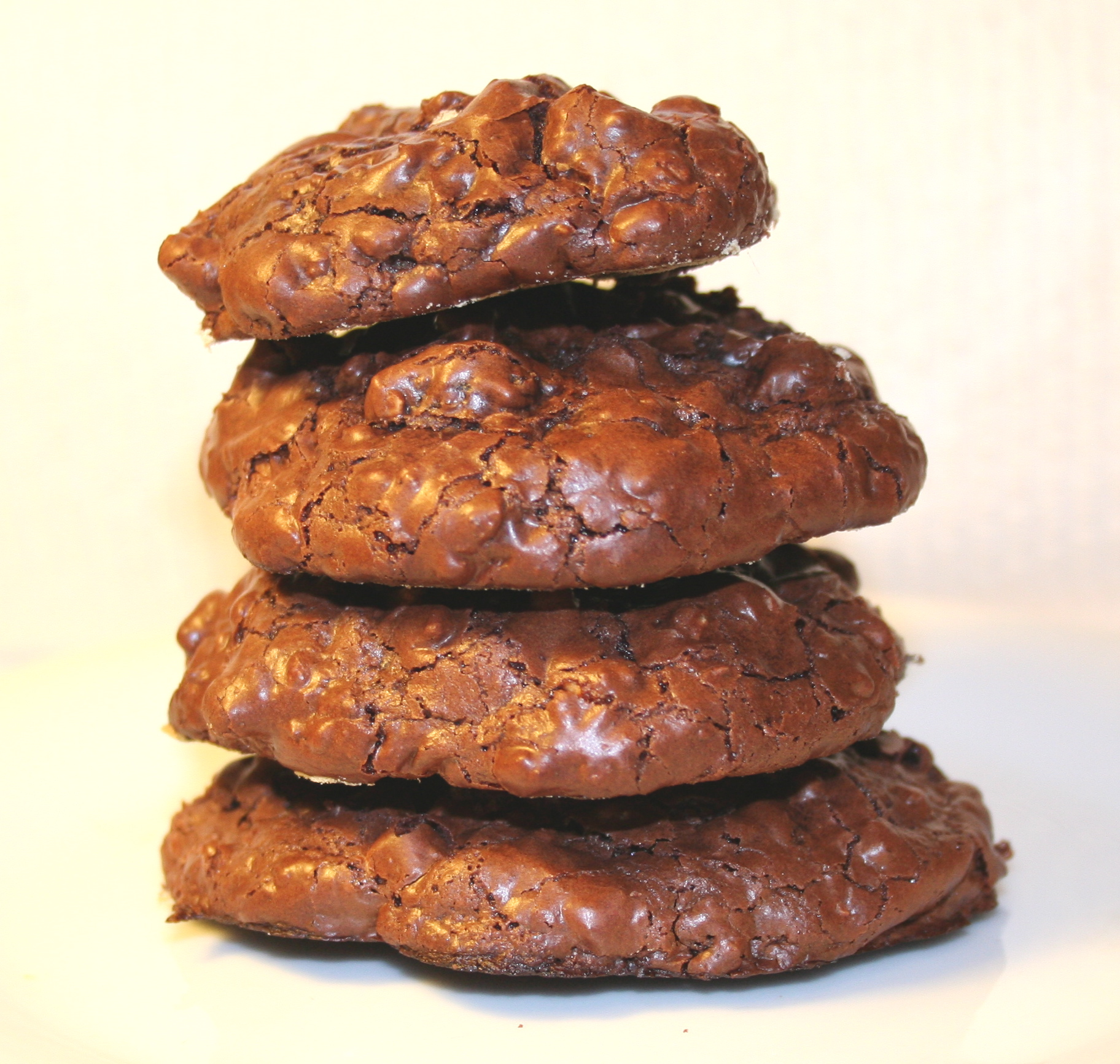 Chewy chocolate cookies with Rum-soaked raisins