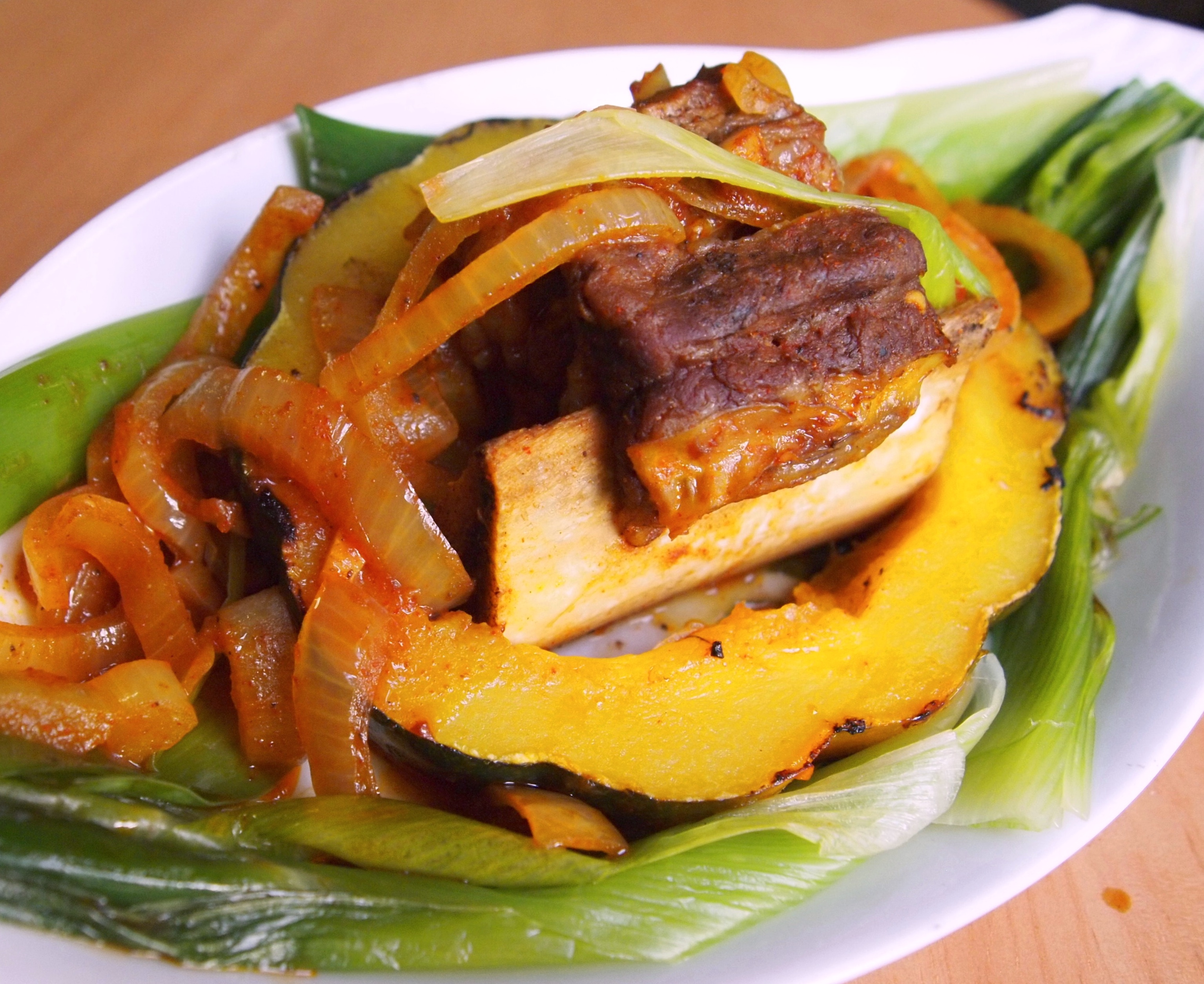 Oven-BBQ Short Ribs with Squash and Leeks