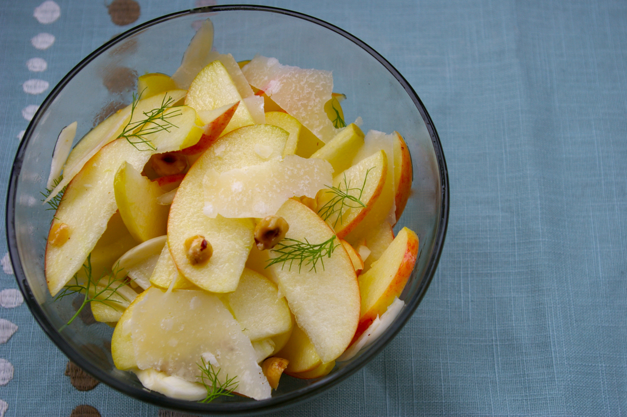 Crunchy Apple-Nut Salad