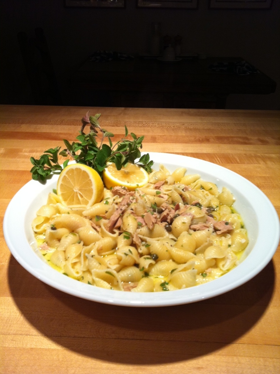 PASTA WITH TUNA, LEMON, CAPERS AND CREAM