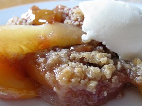 Peach and Cardamon Crisp