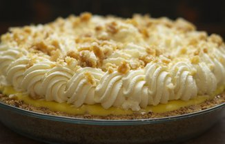 Banana Cream Pie with Macadamia Nut, Honey &amp; Cardamom Brittle