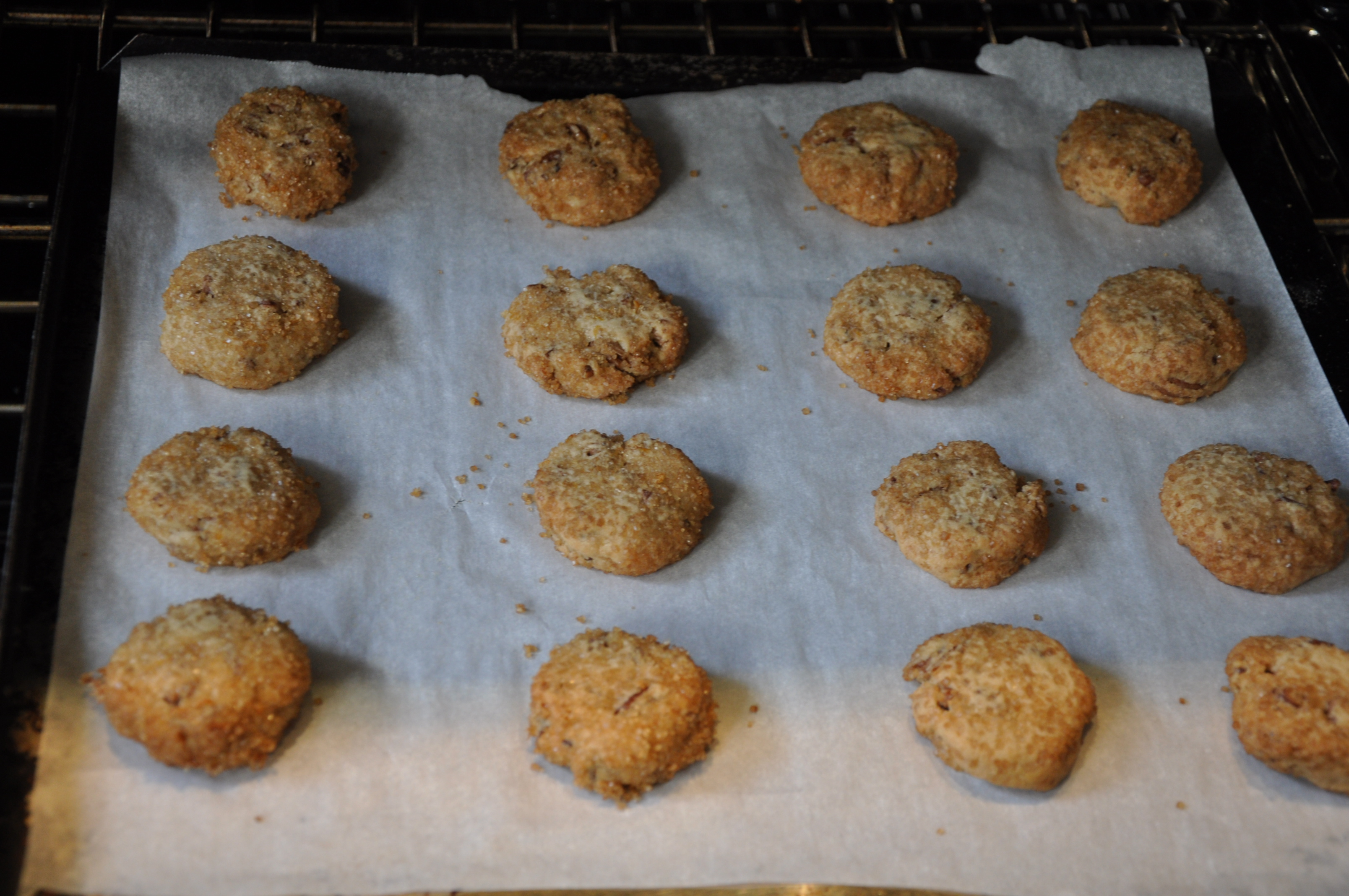 Crispy Cardamom-Brined Nut Cookies