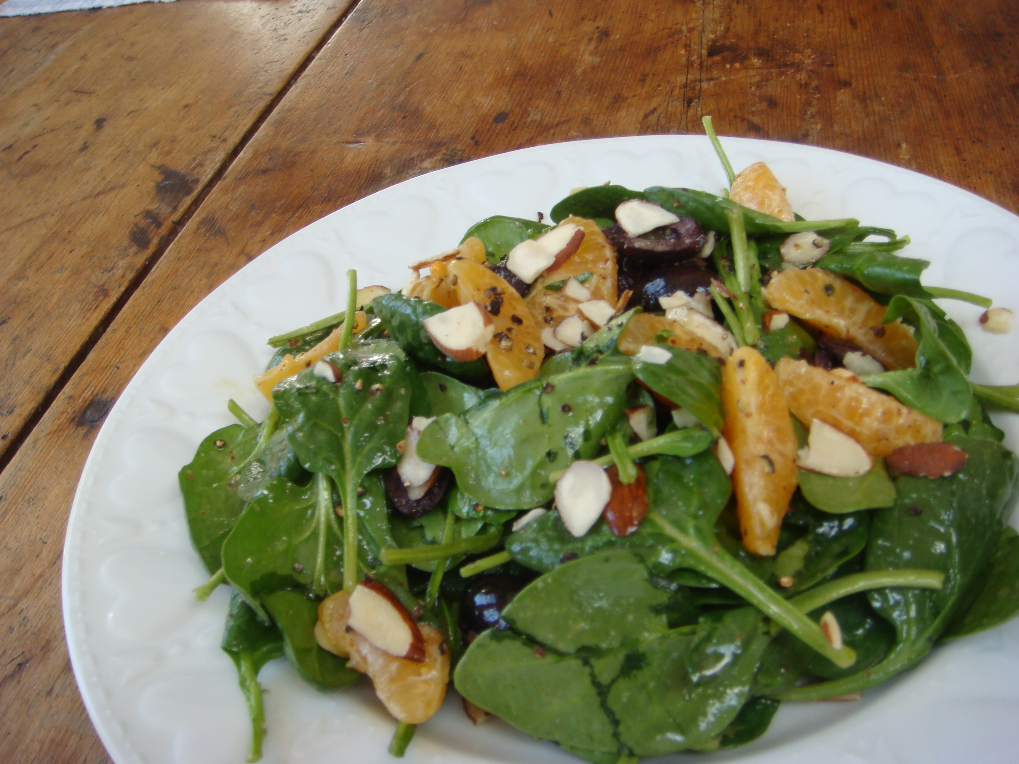 Mandarin, Olive, Spinach Salad