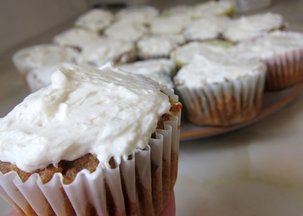 Carrot_cake_cupcakes