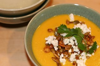 Cream_of_carrot_soup_