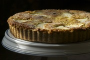 Danish_apple_prune_tart2
