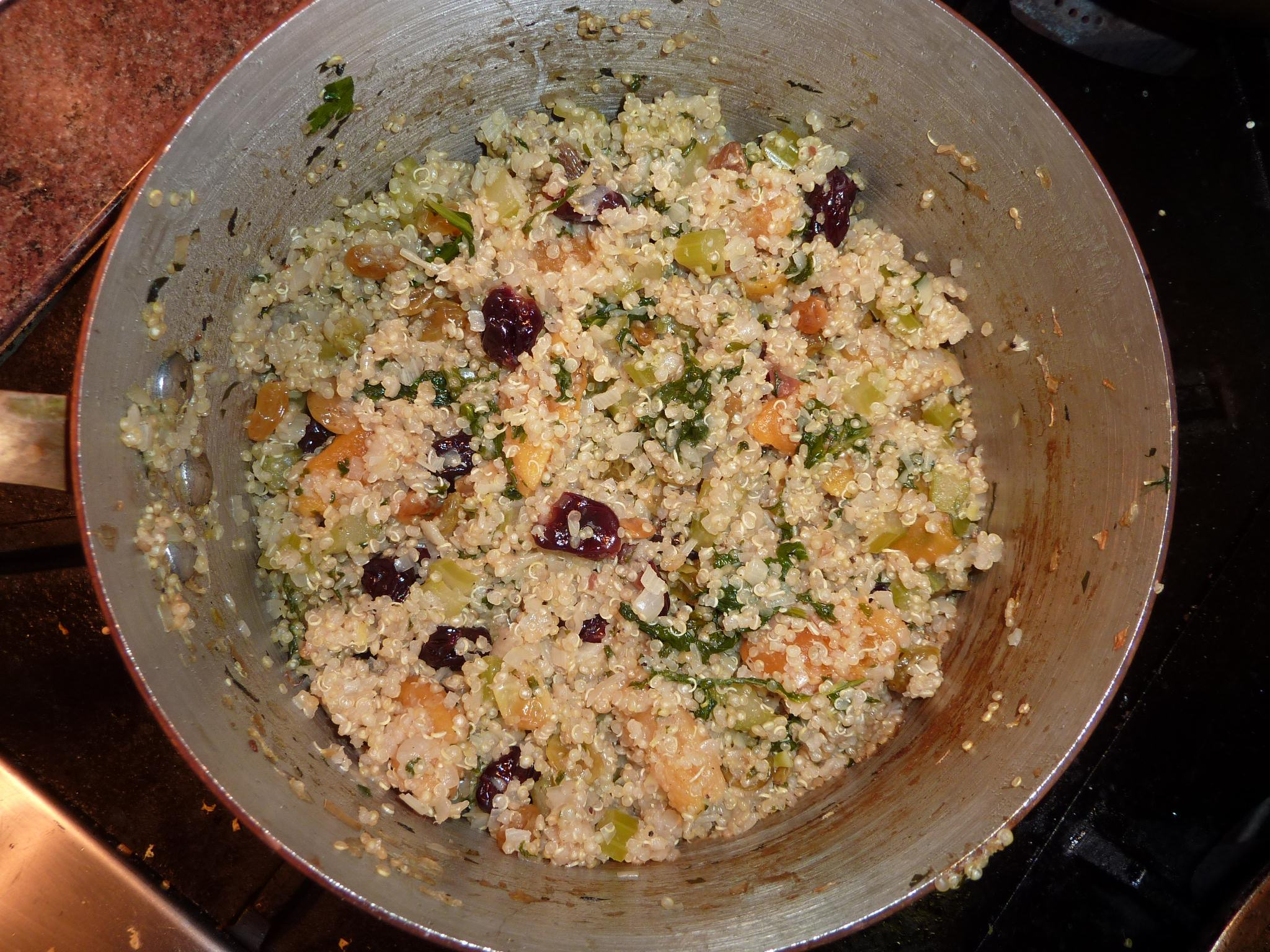 Quinoa Stuffing with Dried Fruits