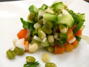 Sprouted_mung_bean_salad_032