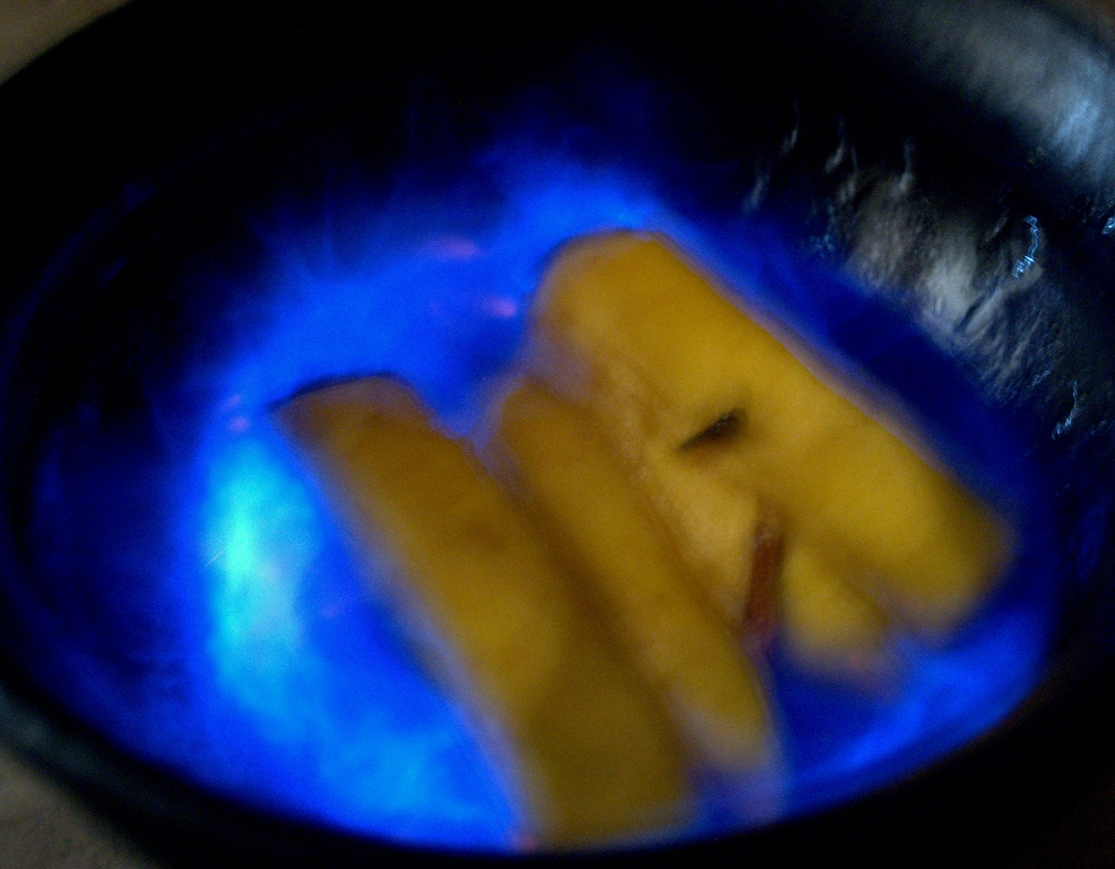 Flaming  Mango  Dessert