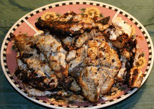 Mississippi-style_grilled_catfish_and_perch--b