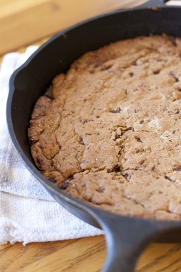 Seeded Skillet Cookie