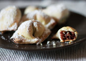 Celli Ripieni (Grape jam dumplings)