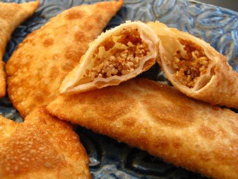 sweet &amp; spicy sesame dumplings