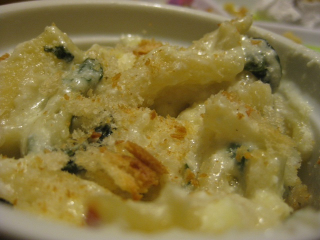Emily's Cheesy Spinach and Mac