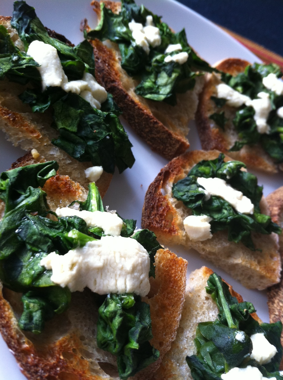 Mommy&#x27;s Yummy Green Toast (Spinach Crostini to the Grown-Ups)