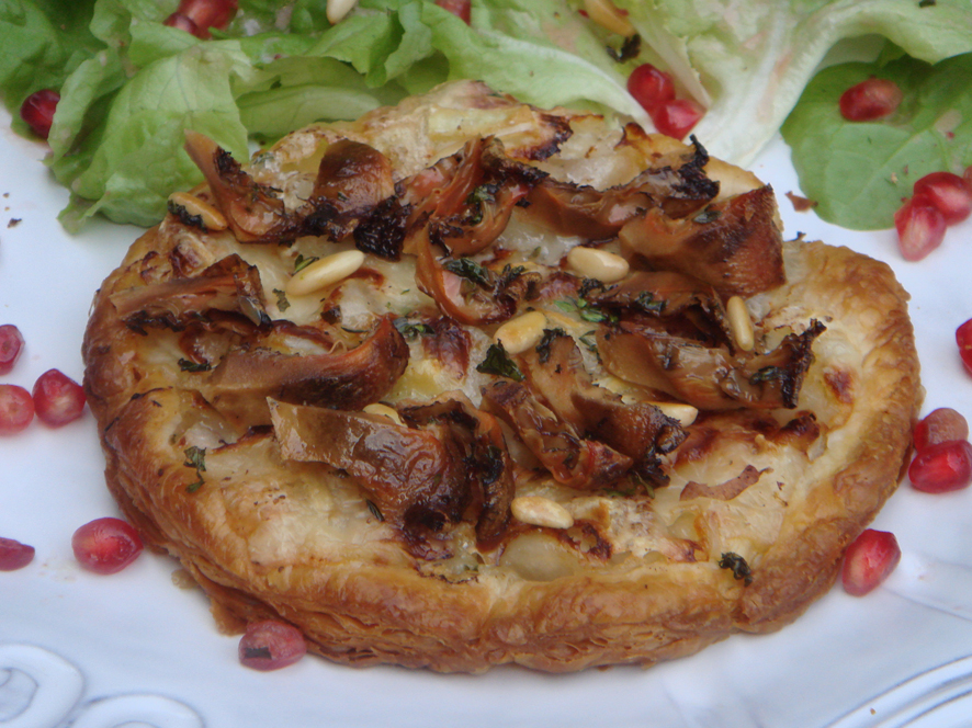 Very Thin Puff Pastry Tart with Pear, Sweet Gorgonzola and Mushroom