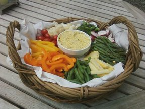 Vegetables with garlic-herb aioli