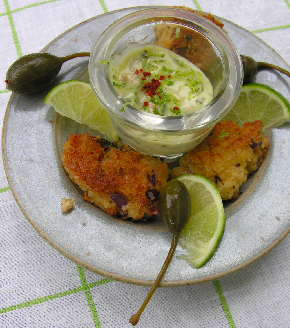 "Tequila lime ""maioli"" with golden panko crab cakes"