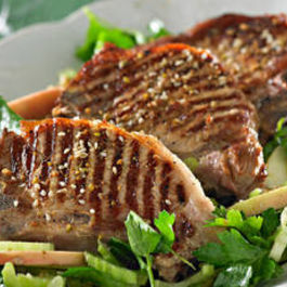 Pork_chops_with_waldorf_salad_16nr743-16nr745