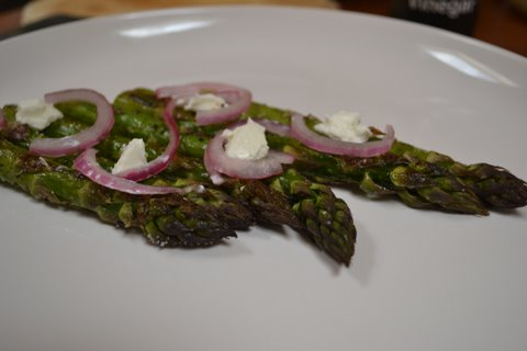 Asparagus with Goat Cheese and Pickled Red Onion