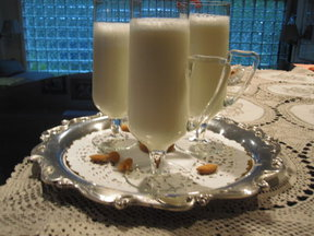 Frothy Sweet Almond Drink (Shrab al Loz)