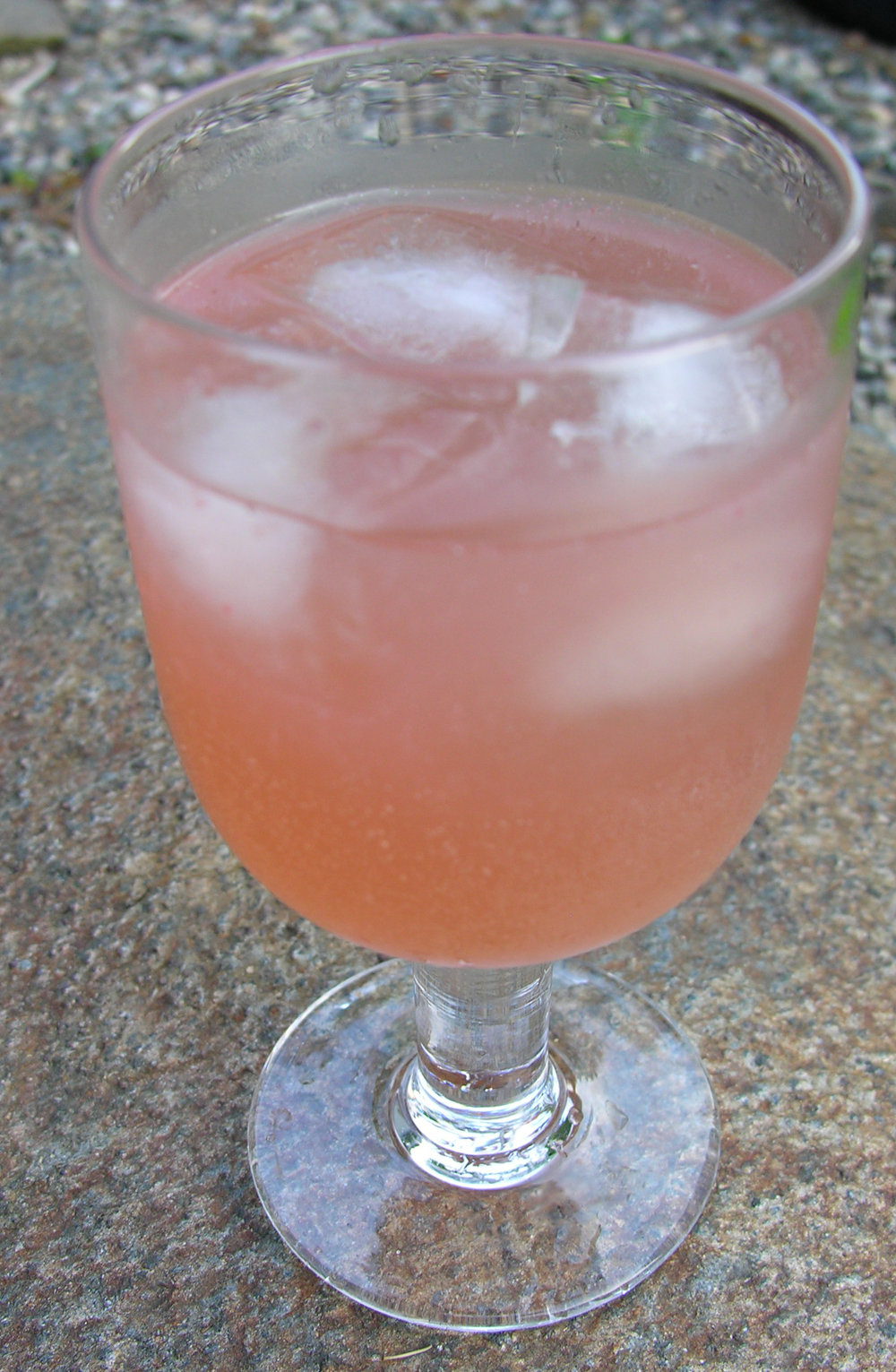 My Easy Strawberry Rhubarb Cooler