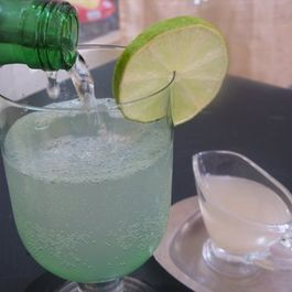 Fresh_lime_soda_june_2011_008