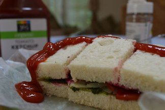 vegetable & chutney sandwich