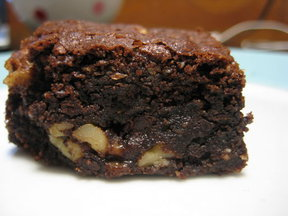 Buckwheat brownies with walnuts and toffee