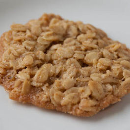 Oatmeal_lace_cookie_close_up_1_of_1_
