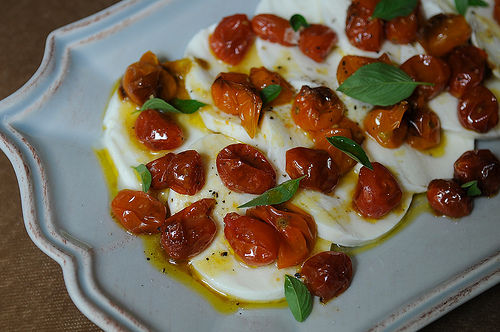 Mozz_and_roasted_tomatoes