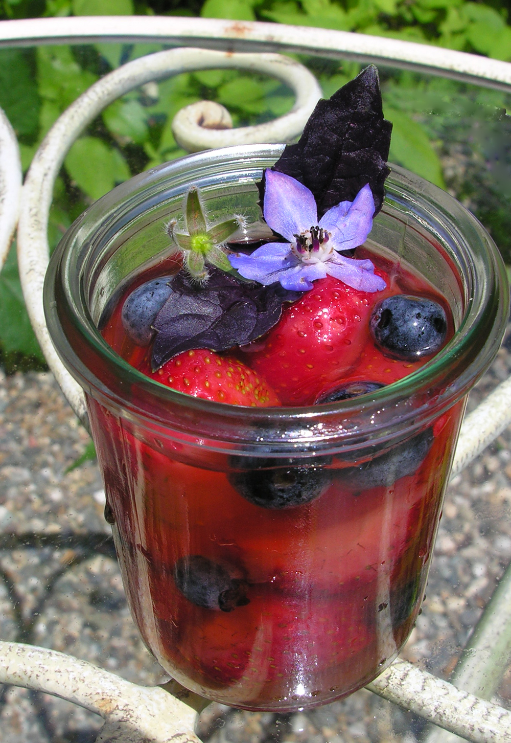 Herbed berries in wine