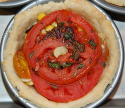 Picnic in a pie: Tomato, Corn, Basil and Bacon Pie