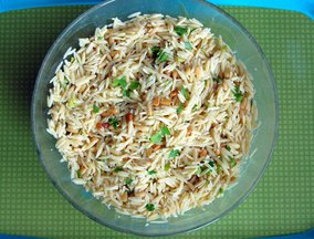 Orzo_with_toasted_pine_nuts.jpgsmaller