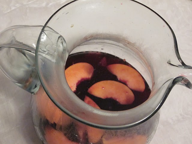 Life&#x27;s a Peach, Ginger Sangria