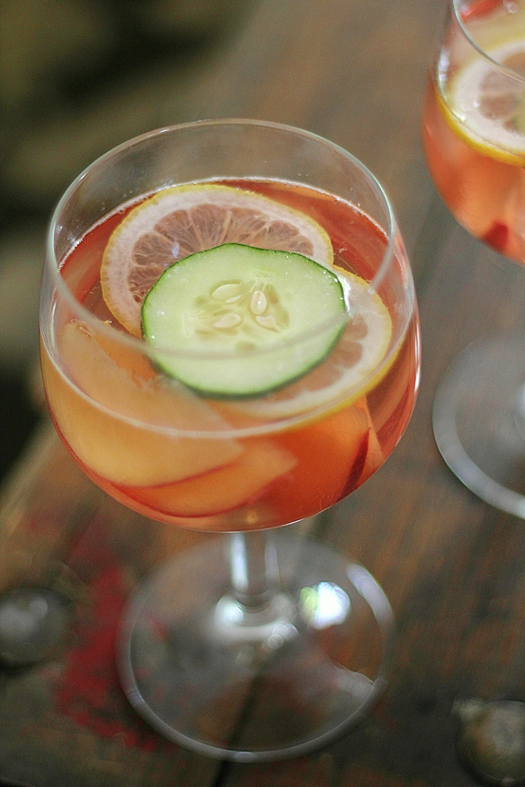 Ros Sangria with White Peaches and Cucumber