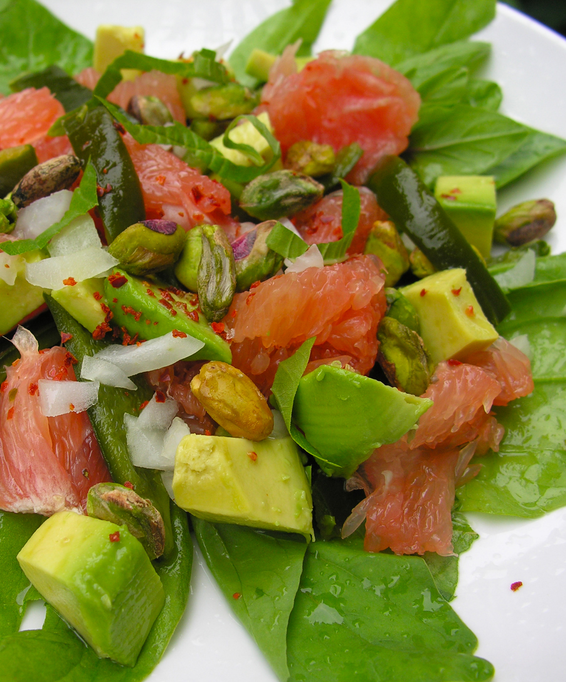 Roasted poblano and pink grapefruit salad