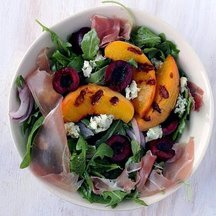Grilled_peach_salad