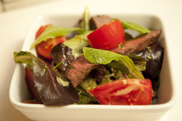 Asian_beef_salad_
