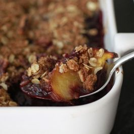 Blueberry_peach_crisp