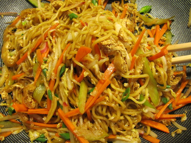 Spicy State Fair Fried Noodles