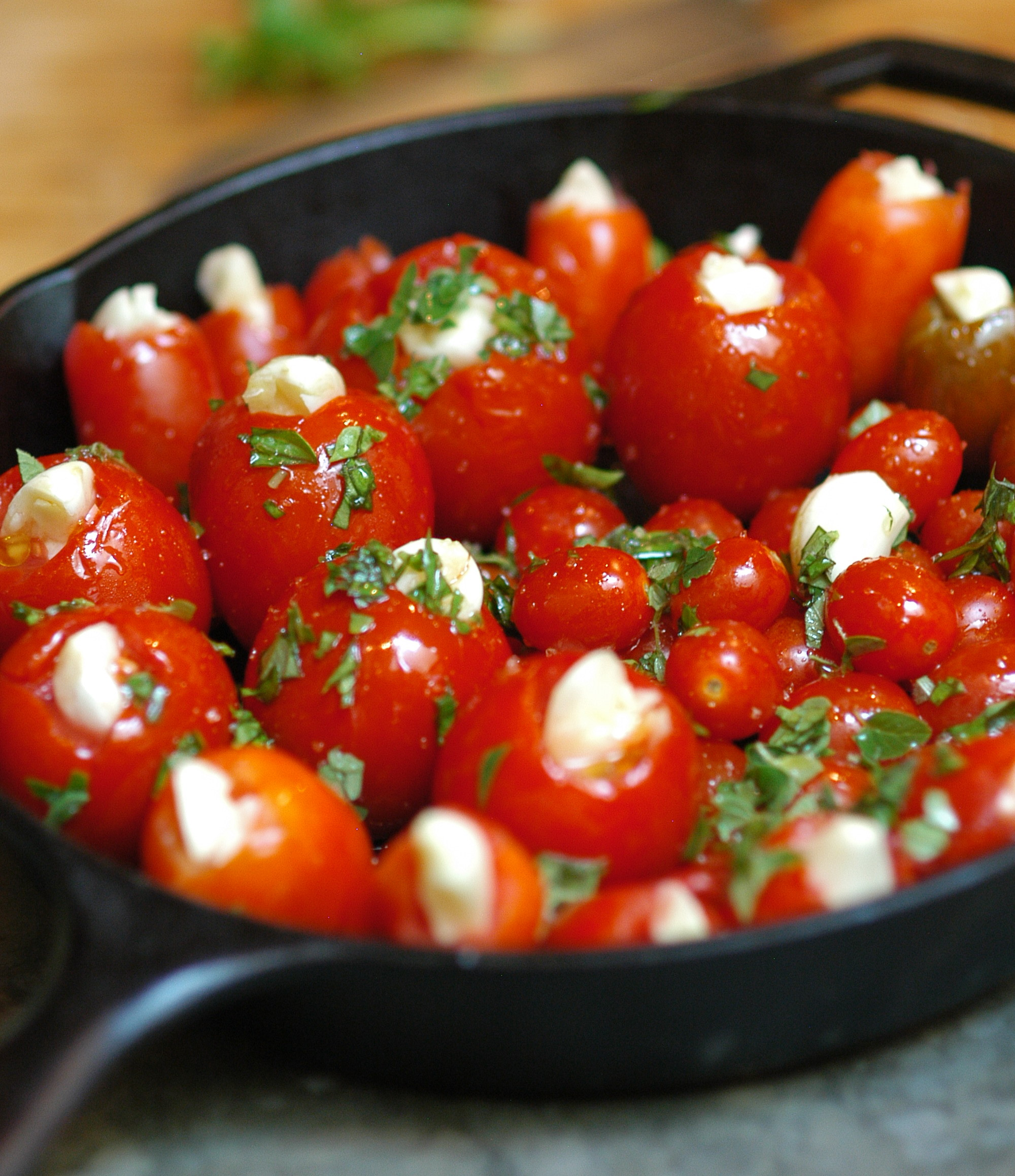 Slow Roasted Garlic Tomatoes