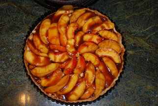 hazelnut caramel peach tart