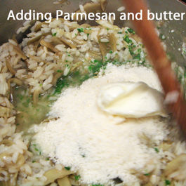 Risotto_6_-_adding_parmesan_and_butter
