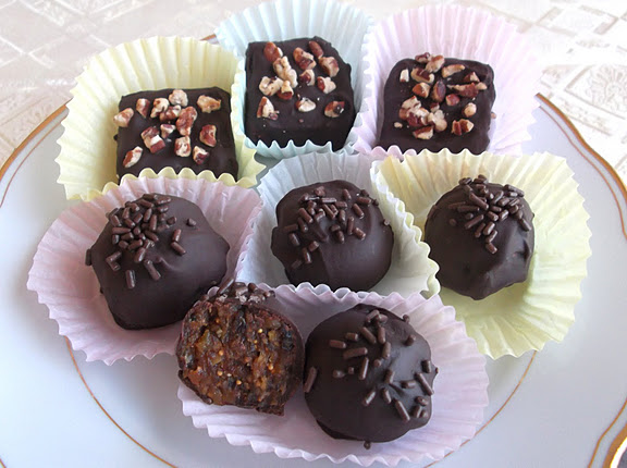 Spiced Dried Fruit Chocolates