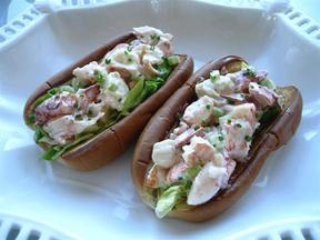 Lobster_rolls_7_medium_