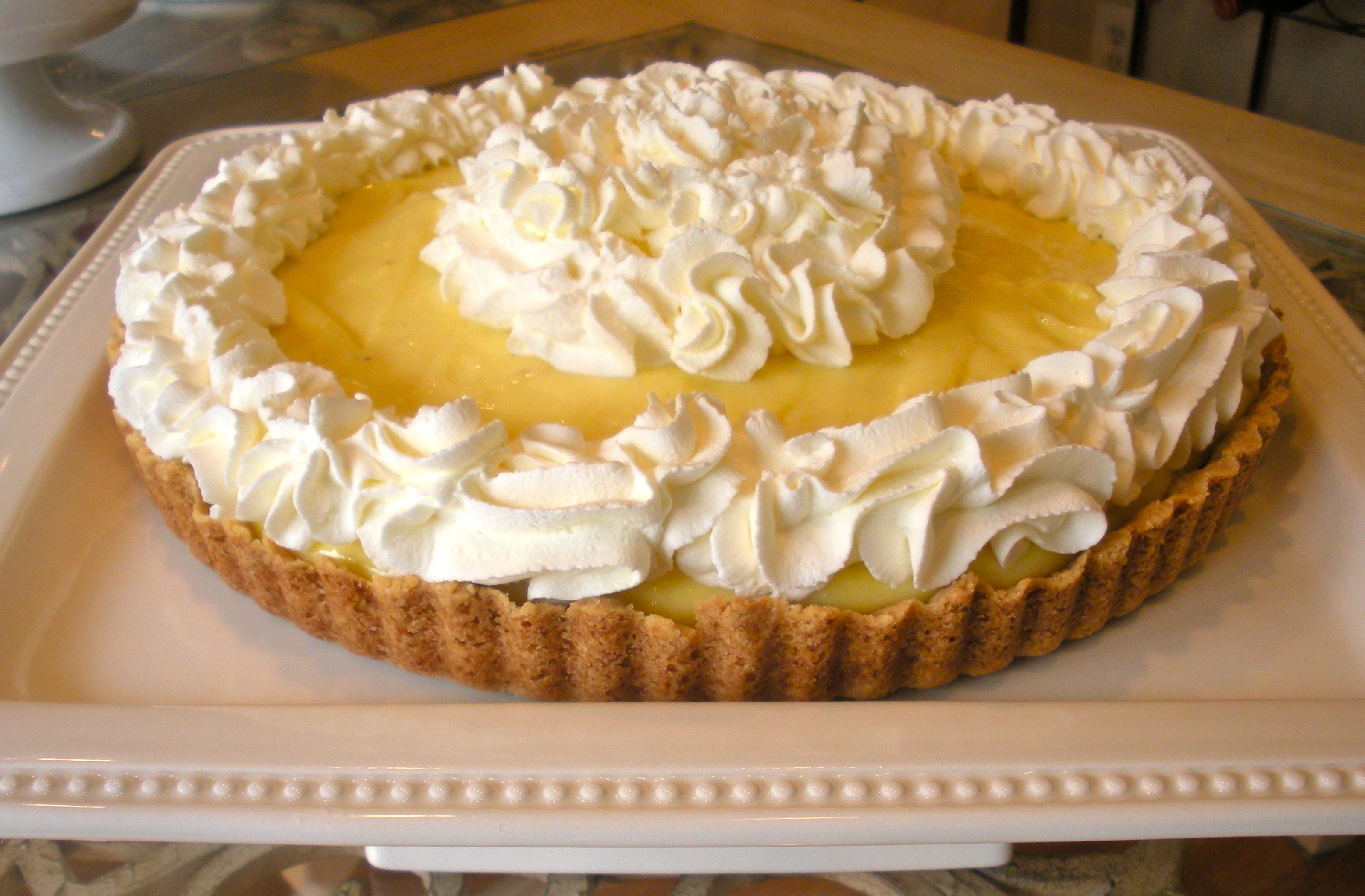 A  Banana Cream Tart That&#x27;s Gone Bananas